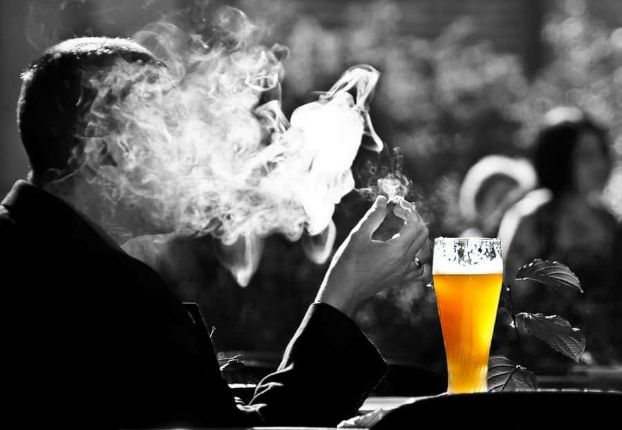 zakaz palenia w restauracji